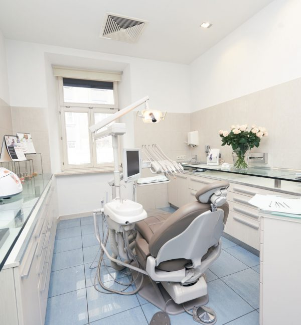 gabinet stomatologiczny w klinice